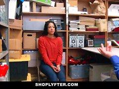 ShopLyfter - Black adolescente interrogado e depois fodido