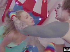 Clown foda Nicole Clitman muito difícil