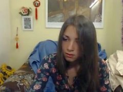 göğüsleri göstermek için kandırdın Utangaç Rus genç