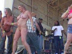 Maduro boob concurso molhado t em abate de iowa 2014