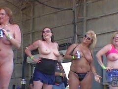 Aikuiset isot boob märillä tonnia kilpailunsa abate Iowan 2,014 tuhat