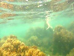 naked woman Unterwasser