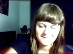 # 0383 - Skype ragazza divertirsi