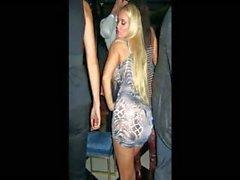 Jolie blonde de Nicole Cocos de Austin c'est d'un diaporama du les photos hot