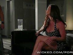 Onda - Kendra Lust suger en del cyklisten cock