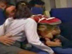 almacenamiento relaciones sexuales camarera en el avión