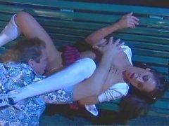 Jenaveve Jolie knullar Evans sten i parkera