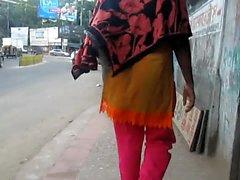 Bangladesh kvinnorna bakifrån