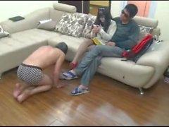 kinesisk cuckhold foot slave
