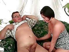 Vanha Lihavan miehen vitun sexy pulleita brunette