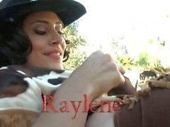 Raylene . . . Gracias cowboy cowgirl de la constatación a los caballos !