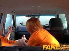 Fake Driving School Swotty estudiante de jengibre tiene coño lleno de esperma