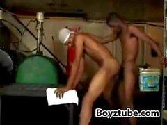 negro jovencito delgado folla su BF