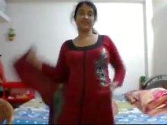 Bangladeshi sensation julia on cam nude show 2