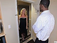 Tyra Scott loves herself a good fuck in her tight little