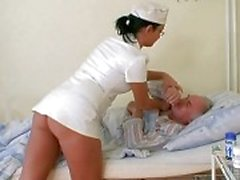 Grandpa schätzchen ficken der Krankenschwester