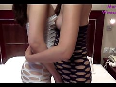 Chinese lesbians on cam