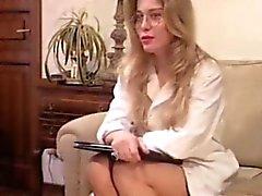 Liiketoiminnan nainen retro pornoa mielellämme antanut sisään aasi ja vittu