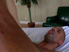 Dicksucking хозяйка колышки черный под