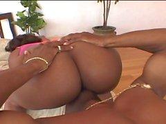Big ass Skyy Black fucked and anal