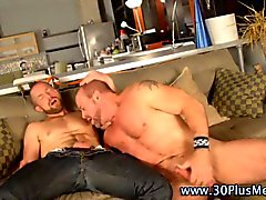 Cock loving muscle man bear hunk