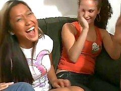 De filles ivre Excitée