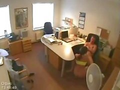 Secretaria se la follan en Hidden Camera de oficina