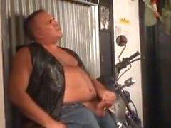 Cyklisten pappan från ensamma