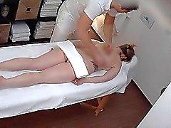 Massaggio sexy che Si tramuta in Hardcore con suocera Scopare con O