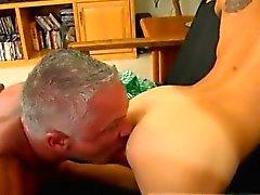 Xxx videos sexo gay dirección Este hermoso y musculoso trozo