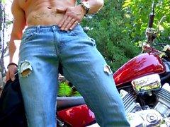 Maskurbate Hunky Biker nykii Dickin Outside