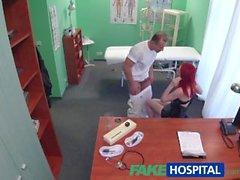 FakeHospital Cute punapää ajelua lääkäriin käteiseen