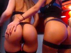 Amatör Lesbisk Fisting På Webkamera