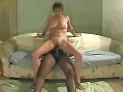 Жена любит BBC