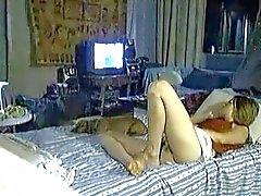 yatak üzerinde gizli mast