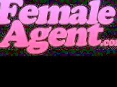 FemaleAgent . Нескольких оргазмы в идеальное лесбийской литье
