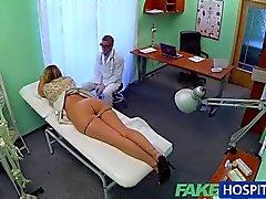 FakeHospital - Krankenschwester belichtet russian findet