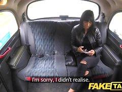Sahte Taksi Şımarık sıcak esmer Çek horoz seviyor
