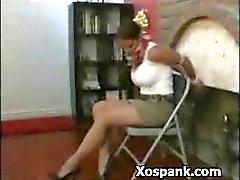İnanılmaz Kadın Spanked Azgın