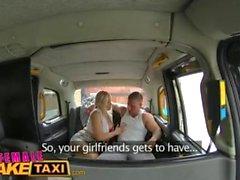 Nainen Fake Taksi Stud kattaa seksikäs ajurit isot tissit cum
