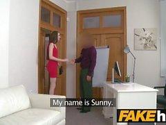Agente Falso Casting sottile abbastanza timida 18yr Bielorussia ragazza con tette piccole