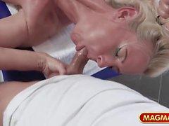 Sexy deutsche reife Massage