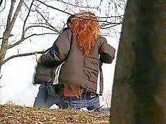 Very Hornt Redhead teini tyttö ulkona Sex Spy Cam