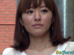 Chicas japonesas destellando