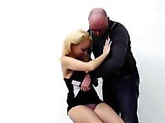 Blonde europeisk skökan betalat för sex med amatörmässig Dude