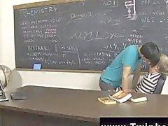 Kayden Дэниэлс и Jae Ланден разглядеть в классу