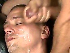 Порно парни Kriss Кросс букаке