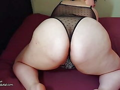 BBW skakar Fat Ass i underkläder