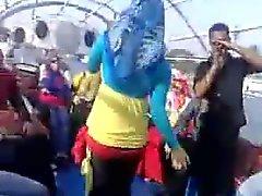 Arap Hijabi Whore 10 Dancing