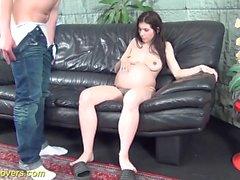 extreme schwangere Teenager gefickt
